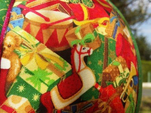Zoom imprimé Cadeaux Montgolfière de Noël Bayonne (64)