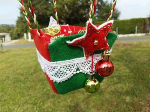 Panier Montgolfière de décoration - Boules de Noël- Bayonne (64)