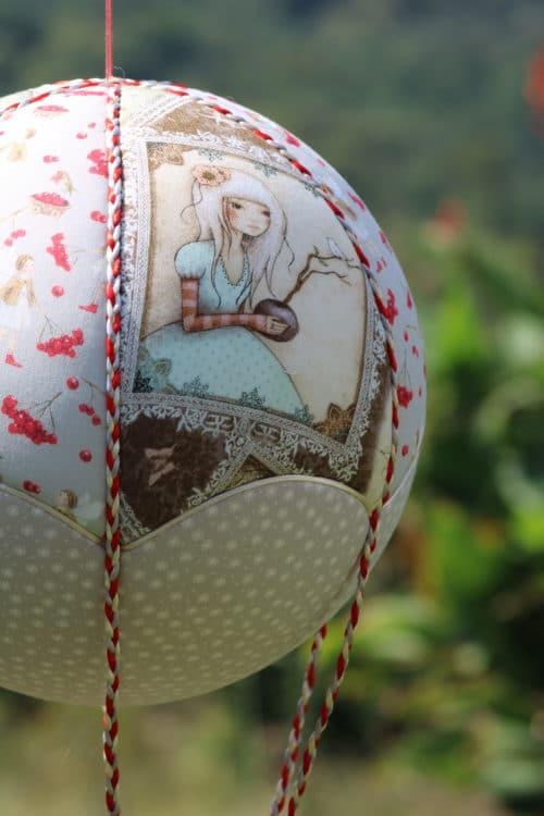 Tissu imprimé fées de Santoro - Montgolfière de décoration Fées et Cerises? Atelier à Villefranque (64)