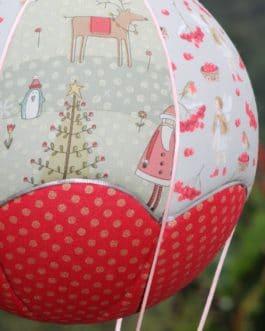 Montgolfière Noël et Petites Fées